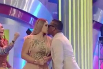 Crazy Desing besa en la boca a Sandra Berrocal; ¿volvieron?