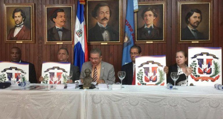 Instituto Duartiano: ningún presidente ha usado la banda presidencial con el escudo correcto