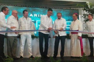 Danilo Medina encabeza inauguración de un centro de convenciones en La Romana