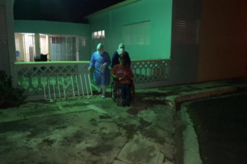 12 ancianos y 4 enfermeras del asilo de Cotuí con síntomas de COVID-19 son llevados a hospital