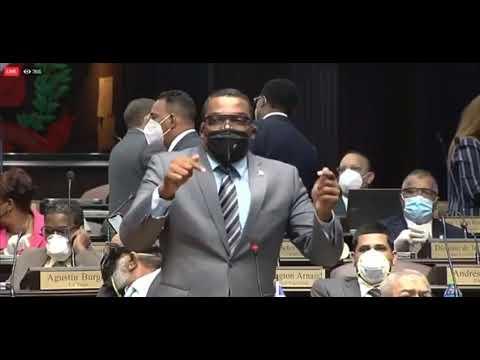 Cámara rechaza conocer proyecto de AFP y diputados se alborotan