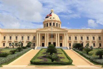 Presidente  Medina nombra viceministros en Cancillería y Obras Públicas
