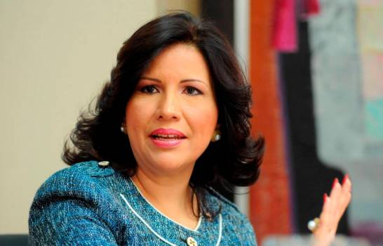 Margarita felicita y augura éxitos a Luis Abinader