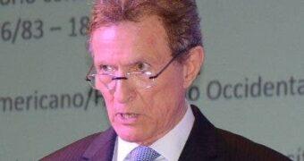 Roberto Álvarez denuncia promoción de 57 diplomáticos a pocos días del traspaso de mando