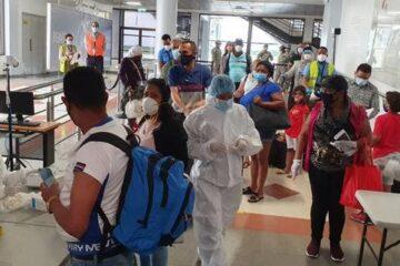 República Dominicana realizará pruebas aleatorias de COVID-19 a turistas