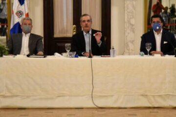 Presidente Luis Abinader llama a todos los hoteles a abrir el 1 de octubre