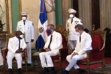 Presidente Abinader recibe las Cartas Credenciales de nuevos embajadores