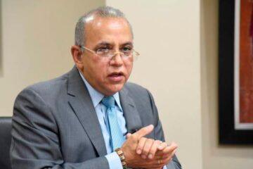 Ministro de Salud Pública da positivo al COVID-19