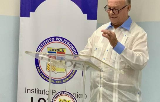 Hipólito Mejía destaca papel de los jesuitas en el desarrollo educativo del país